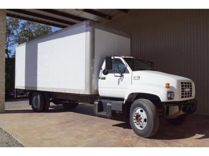 1998 White Chevrolet Truck (1GBJ7H1JXWJ) with an Not Specified Fuel Injected engine, 6-Speed Manual transmission, located at 18845 State Highway 6 South, College Station, TX, 77845, (979) 690-5300, 30.524399, -96.217979 - Photo #1